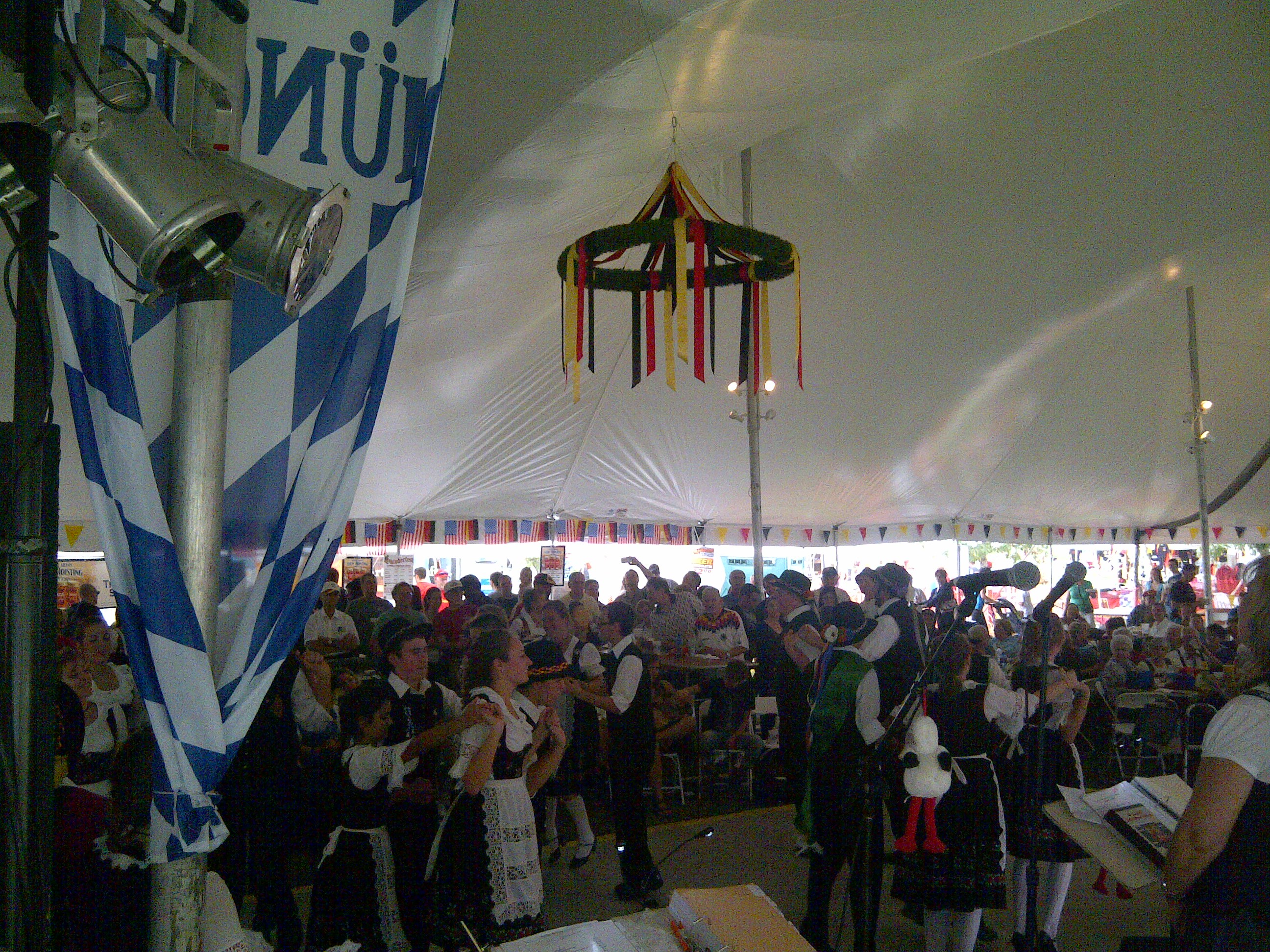 Hofbrau Tent Dancers